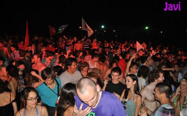 Great-Wall-Party-Rave-Beijing-China-3