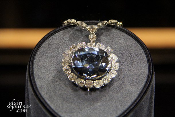 Hope-Diamond-3