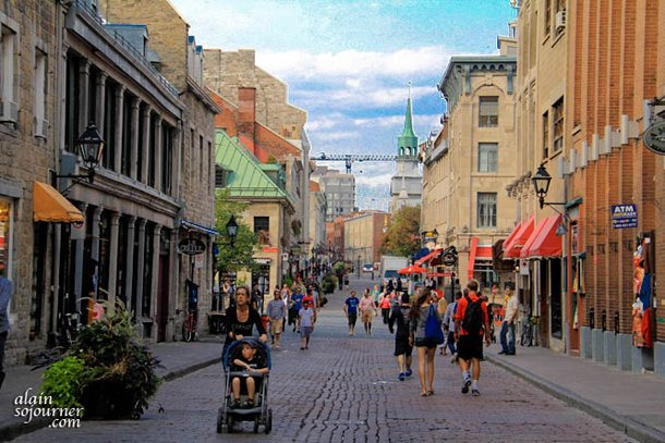 Grand Foyer And Rear Of Auditorium Of Allen Place In Montreal : Visit old montreal
