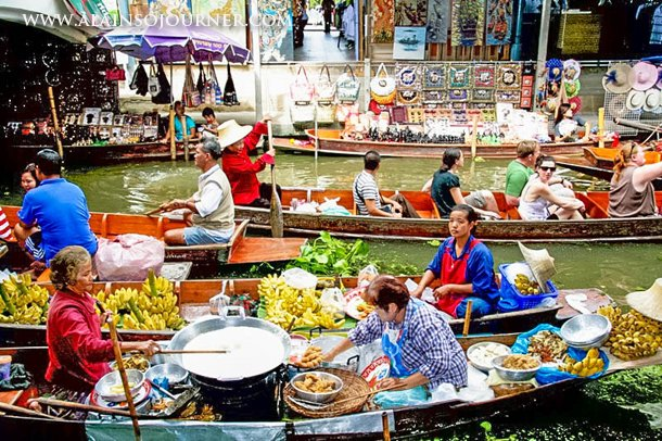 Things to do and see in Bangkok / Floating-Market-Damnoen-Saduak-Bangkok