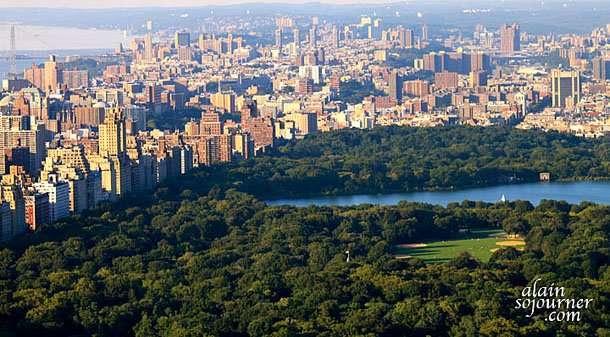 New York Sunset View from Rockefeller Center.