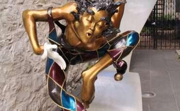 QUEBEC-CITY-Statue