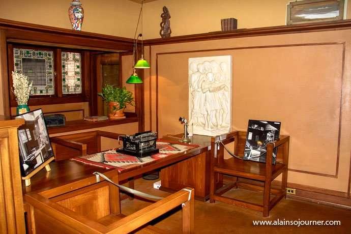 Chicago Frank Lloyd Wright Home 8