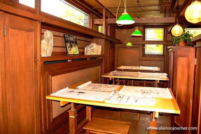 Chicago Frank Lloyd Wright Home 9