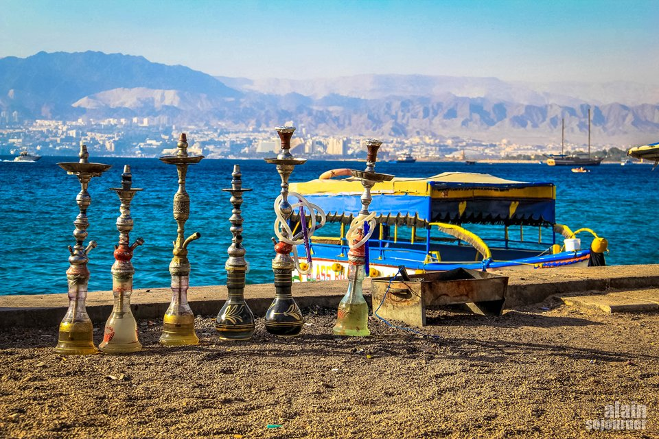 Things to do and see in Jordan: Relax in Aqaba.