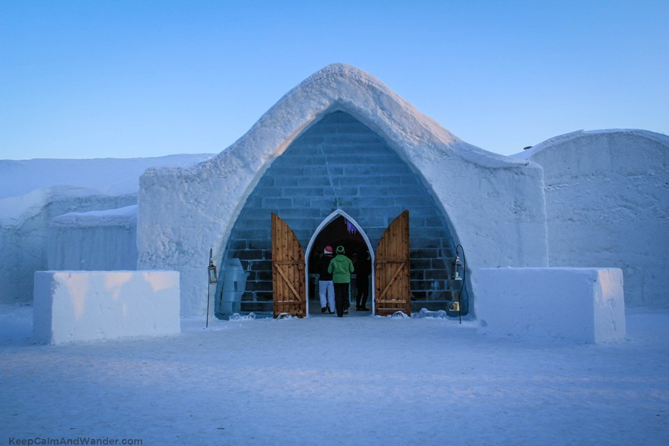 Ice Hotel in Quebec City / Hotel de Glace.