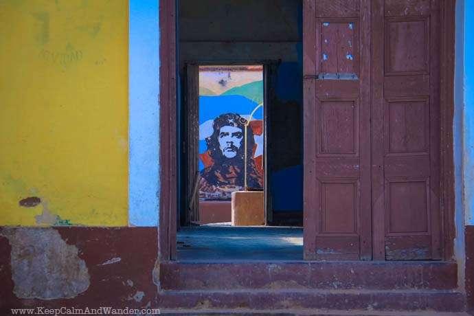 Murals of Propaganda in Cuba. Che.