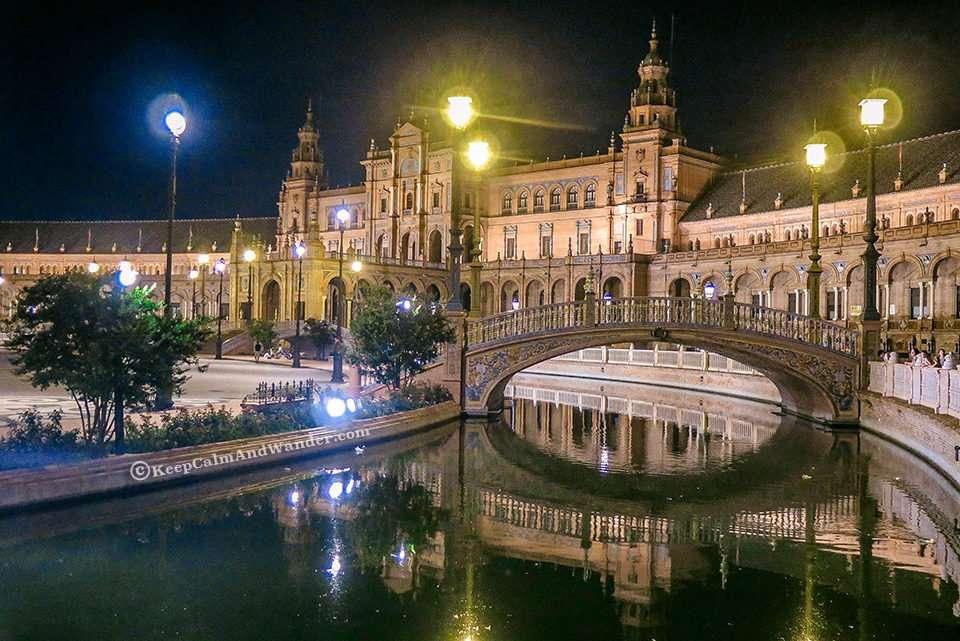 Plaza de España in Sevilla at Night Literally Takes My Breath Away (Spain).