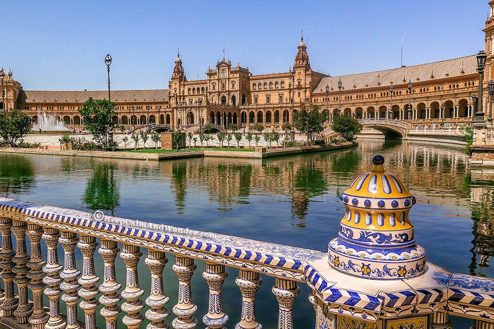 Plaza de España is Planet Naboo in the Star Wars Film