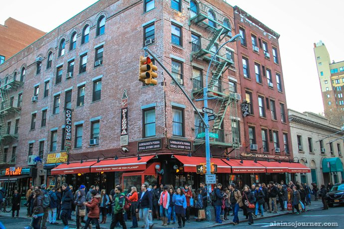 Grimaldi's is America's first pizzeria (Little Italy in New York).