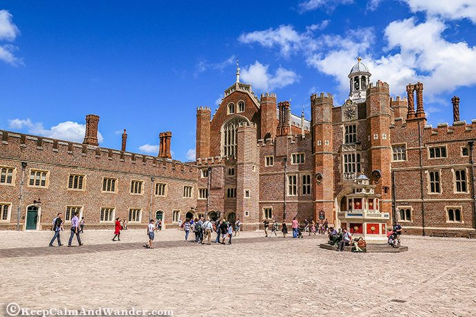 The Hampton Palace is accessible by train from Central London.
