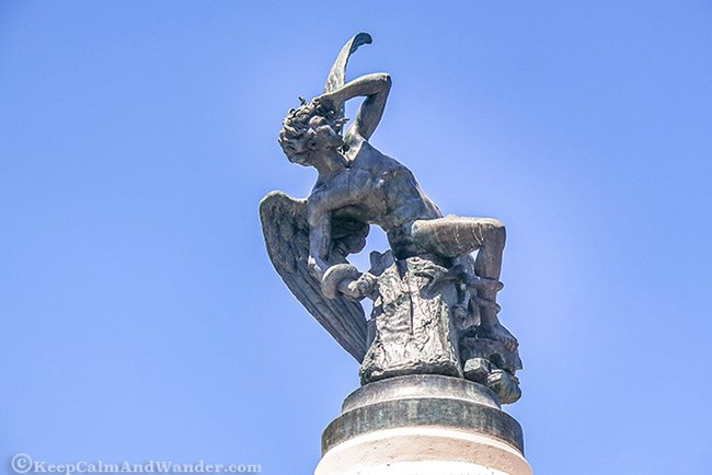 retiro-park-fallen-angel-statue-in-madrid-3