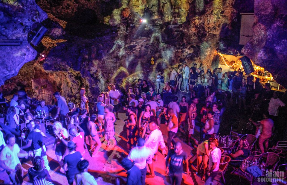 Sweat out at Disco Ayala Things to do in Cuba:
