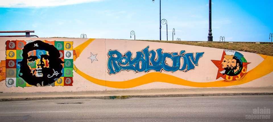 propaganda mural in havana