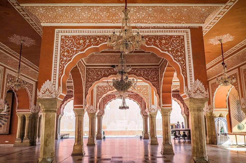 Jaipur City Palace - Your Window to Royal Extravagance (Diwan-i-KhasMahal - Pink City, Jaipur, India).