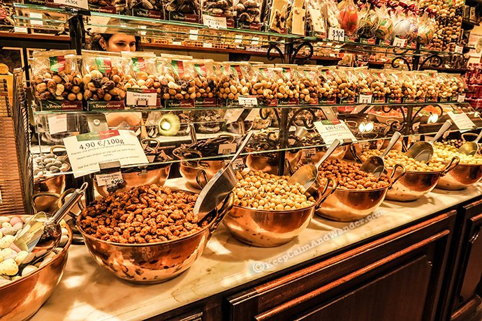 These Belgian Chocolates Will Make You Crave for More (Galeries Royales St Hubert / Brussels, Belgium).
