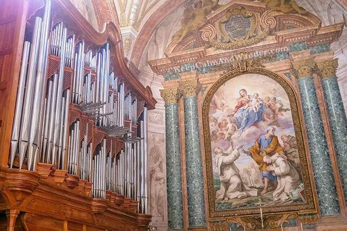The Basilica of Santa Maria, Angels and Martyrs (Basilica de Maria Degli Angeli del Martiri) (Rome, Italy).
