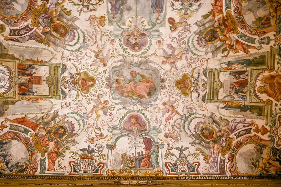 Photos: The Incredible Frescoes at Uffizi Gallery Ceilings (Florence, Italy).