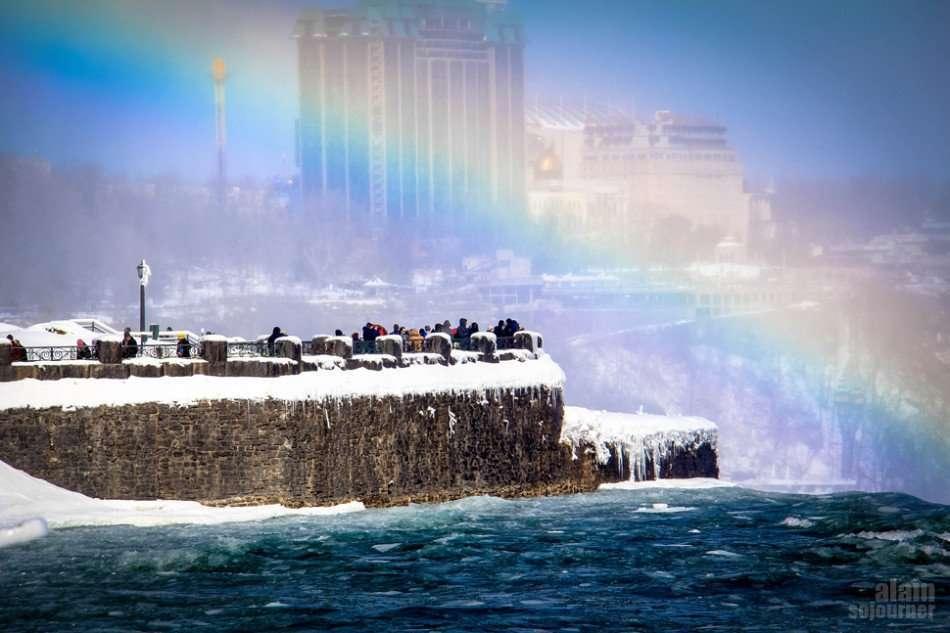 Niagara Falls is Frozen and it's stunningly breathtaking!