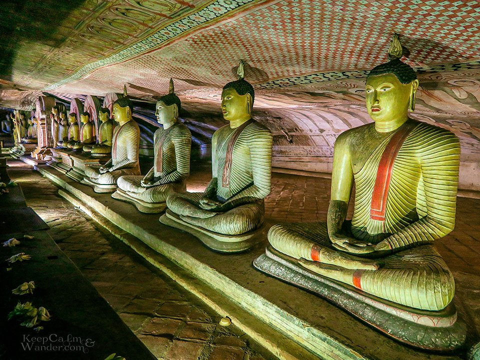 8 Days in Sri Lanka Itinerary (Dambulla Cave Temple)