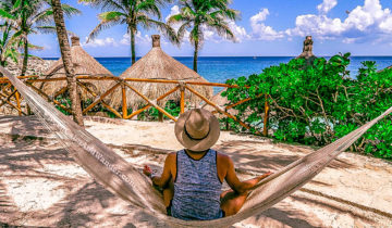 Things to do and see at Xcaret in Riviera Maya (Cancun, Mexico).