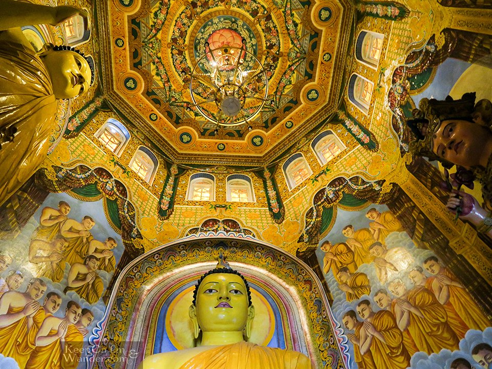 Sri Lanka: Top 9 Things to do and see in Colombo (Asokaramaya Buddhist and Hindu Temple)