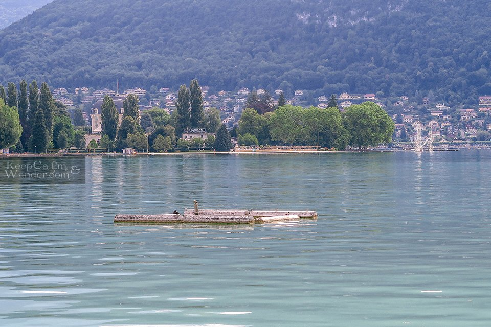 Lad'Annecy Lake