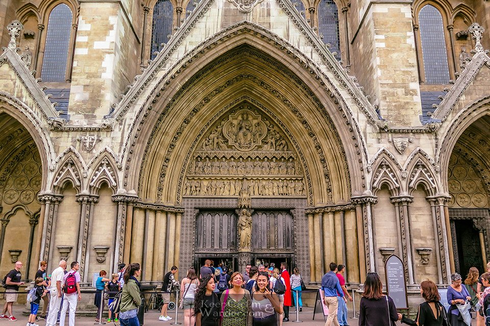 Inside Westminster Abbey - A Royal Coronation Venue, A Religious Site and A Cemetery (London, England)