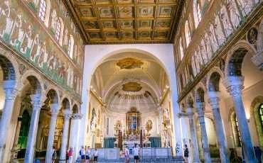 Basilica di Sant Apollinare Nuovo Ravenna Italy 4