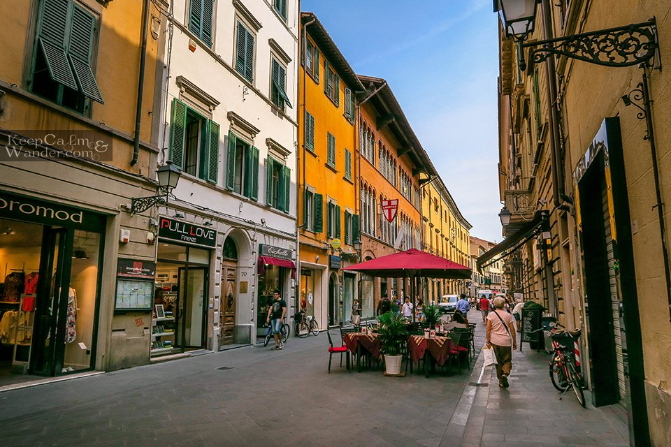 Walking Street Travel Itinerary: A Day in Pisa (Italy).