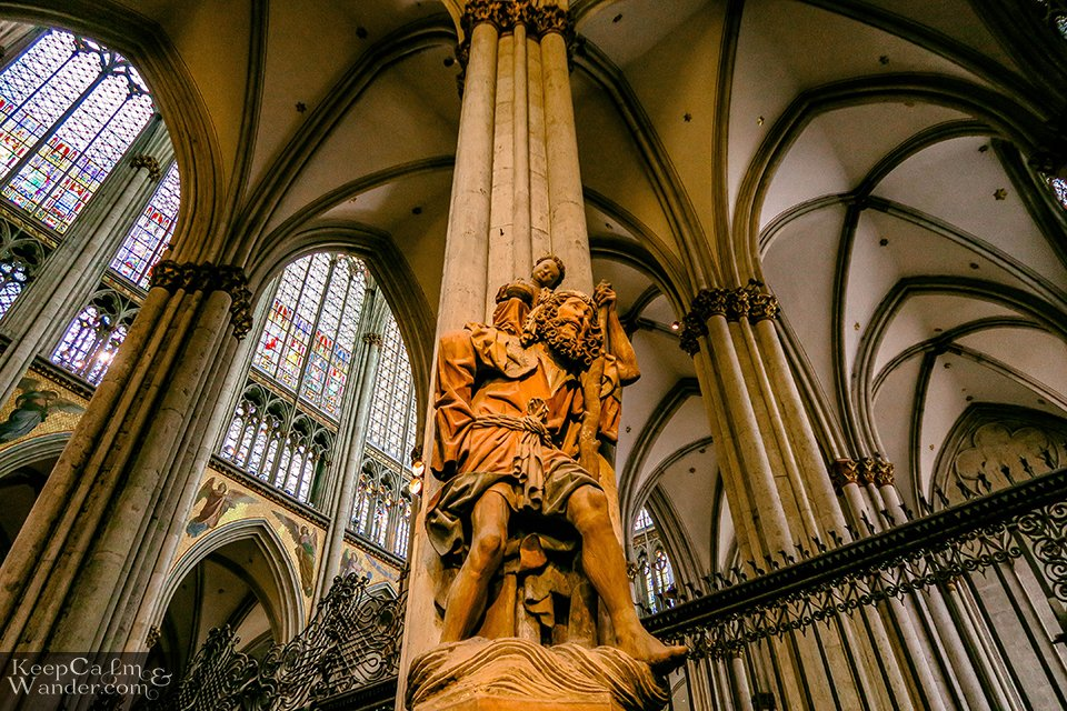 Inside Cologne Cathedral (Germany). Travel Blog Koln