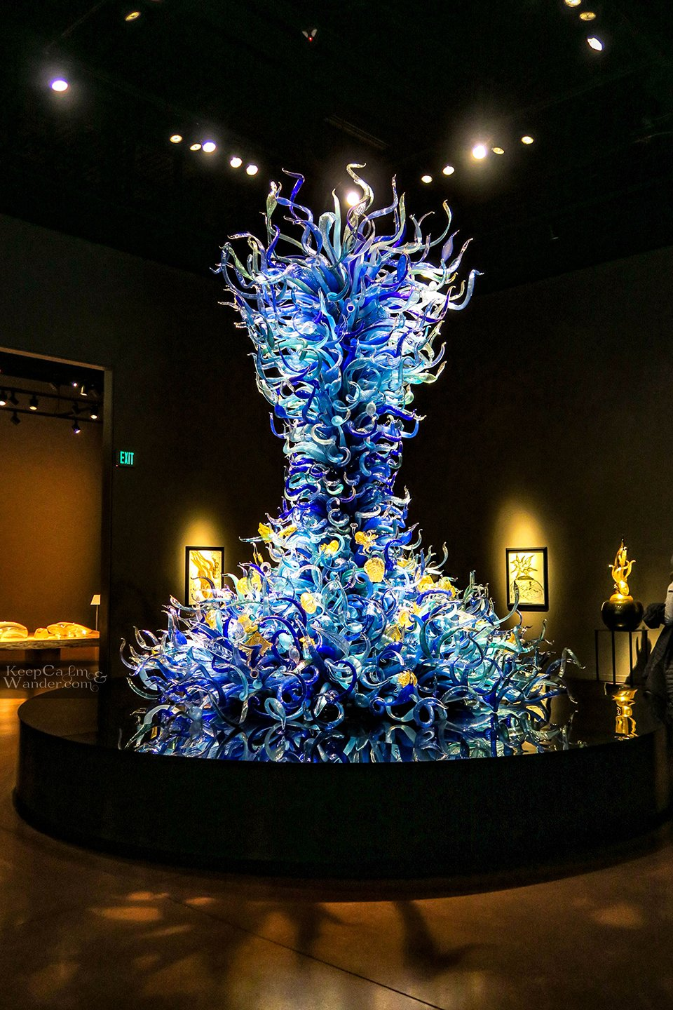 Inside Chihuly Glass Museum in Seattle (USA).  Travel Blog Sealife Room