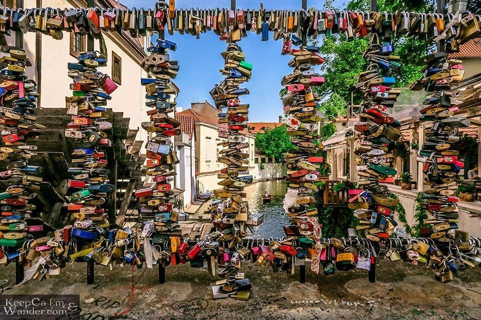 Love Locks in Prague (Czech Republic). Travel Blog
