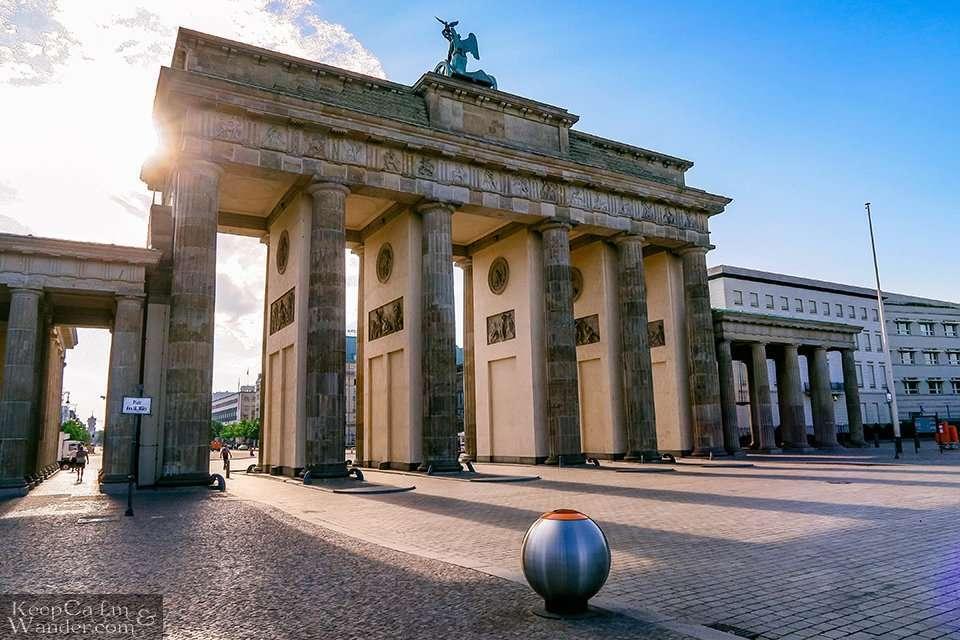 Brandenburg Tor - Your Gate to Berlin