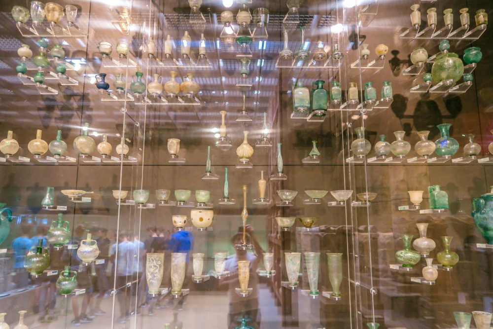 Inside Römisch-Germanisches Museum Travel Cologne