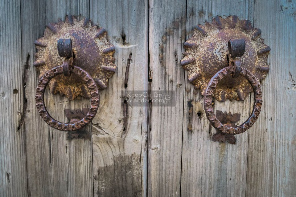 Chinese doorknobs knockers