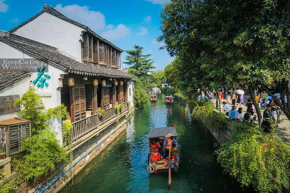 Relive Old Suzhou at Pingjiang Lu (Jiangsu, China).
